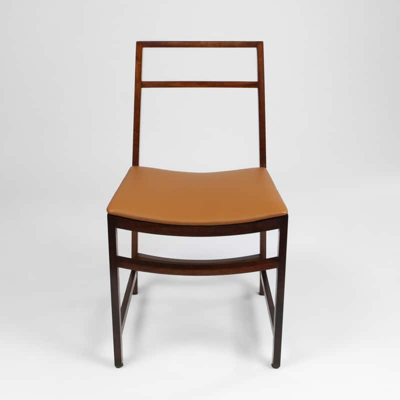 Set of 10 Italian chairs designed by Roberto Venturi for M.I.M